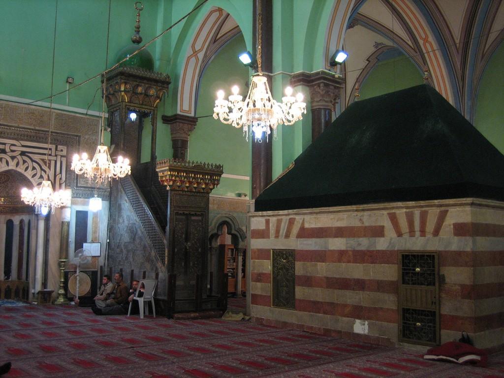 Hebron_mosque_qibly_mosallah